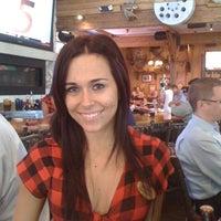 Das Foto wurde bei Twin Peaks Restaurant von Glen S. am 8/17/2011 aufgenommen