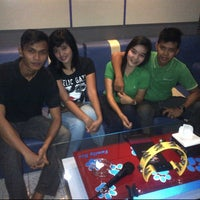 Photo taken at FAMILY BOX (Family Karaoke Places) by Hegy S. on 8/31/2012