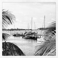 Das Foto wurde bei City of Riviera Beach von Robin F. am 7/10/2012 aufgenommen