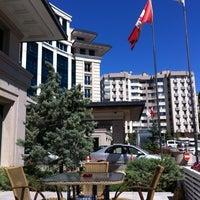 รูปภาพถ่ายที่ Swissôtel Ankara โดย Serkan B. เมื่อ 9/1/2012