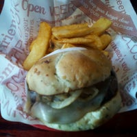 Photo taken at Red Robin Gourmet Burgers by Beth M. on 8/26/2012