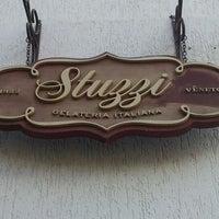 Photo taken at Stuzzi by Eduardo G. on 10/5/2011