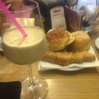 Foto scattata a Caffè al Corso da Eli il 3/19/2012