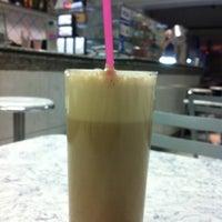 Photo taken at Polana Lanches (Bar do Edgar) by Guilherme B. on 5/22/2012