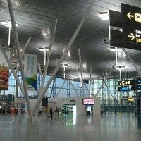 Foto tomada en Aeropuerto de Santiago de Compostela (SCQ) por Beatriz G. el 12/29/2011