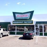Photo taken at Krispy Kreme Doughnuts by Marcus W. on 3/3/2012