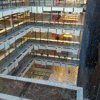 Foto tomada en Biblioteca Nicanor Parra por Marrano el 3/14/2012