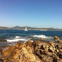 Photo taken at Port de Saint-Tropez by Peter v. on 8/28/2011
