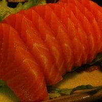 Foto tirada no(a) Ryuu Sushi Bar por Arthur K. em 7/11/2012