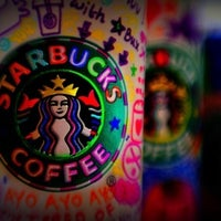 Photo taken at Starbucks by αℓρяιи¢є on 1/16/2012