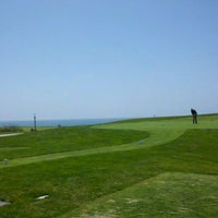 Photo taken at Half Moon Bay Golf Links by Y R. on 5/27/2011