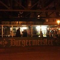 3/5/2012 tarihinde April A.ziyaretçi tarafından Burgermeister'de çekilen fotoğraf