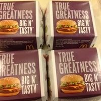 6/14/2012 tarihinde Paul Geneve A.ziyaretçi tarafından McDonald's'de çekilen fotoğraf