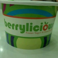 Photo taken at Berrylicious by Edward H. on 6/25/2012