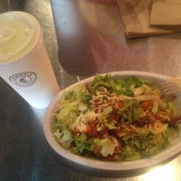 Photo taken at Chipotle Mexican Grill by Hao on 7/12/2012