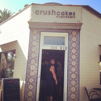 Photo taken at Crushcakes Cupcakery & Crushcafe by annna on 9/2/2012