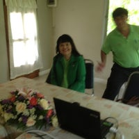 Photo taken at เรือนตำนานซีฟู๊ด by Phunnapa C. on 5/23/2012