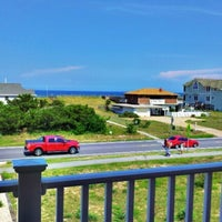 Photo taken at Southern Shores by Jessika . on 8/3/2012