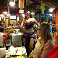 Foto tirada no(a) Sr Glutton Restaurante e  Pizzaria por Adriana D. em 6/29/2012