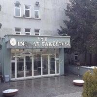 Foto diambil di İnşaat Fakültesi oleh Hakan E. pada 3/1/2012