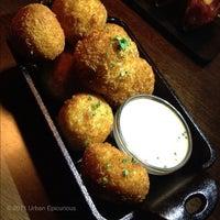 Photo taken at Del Frisco's Grille by Bev G U. on 11/26/2011