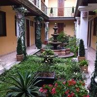 Foto tomada en Hotel Dainzu por Maria Isabel C. el 8/9/2012