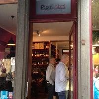 Photo prise au Piola Libri par Julien le7/3/2012