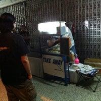 Photo taken at Take Away Burger by 木子日升 T. on 3/17/2011