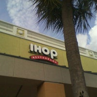 Photo taken at IHOP by Reggie E. on 1/23/2012