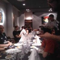 Foto tomada en L escola Restaurant por Oscar Ivan A. el 4/28/2011