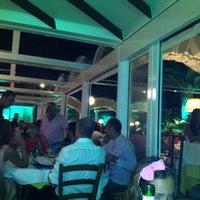 Foto scattata a Villa Verde Ristorante da Ebru D. il 9/3/2011