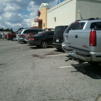 Photo taken at Taco Bell by Zena R. on 9/9/2011