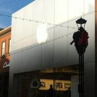 Photo taken at Apple Mall of Louisiana by Joshua D. on 11/15/2011
