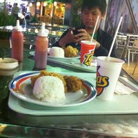 Photo taken at Texas Chicken by Ikhsan S. on 2/19/2012