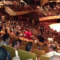 รูปภาพถ่ายที่ Boettcher Concert Hall โดย George L. เมื่อ 7/11/2012