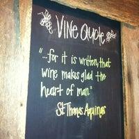 รูปภาพถ่ายที่ The Wooden Vine โดย Jen G. เมื่อ 6/22/2011