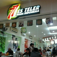 Photo taken at Es Teler 77 by Arfan Jr | Full on 8/30/2011