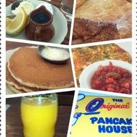 รูปภาพถ่ายที่ The Original Pancake House โดย Amy S. เมื่อ 1/30/2012