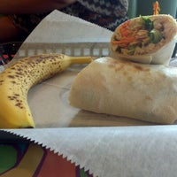 Photo taken at Tropical Smoothie Cafe by Reinaldo C. on 6/1/2012