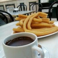 Foto tomada en Chocolatería San Ginés por Martim B. el 1/10/2012