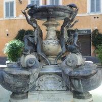 Foto scattata a Fontana delle Tartarughe da Mattia N. il 8/28/2012