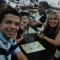 Foto tirada no(a) Restaurante Frangão por Karine F. em 4/30/2012