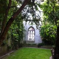 Photo prise au St Dunstan in the East Garden par Cat H. le5/2/2011