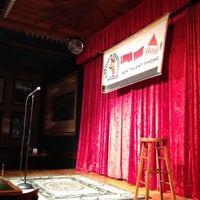 Photo taken at Rooster T Feathers Comedy Club by Chunk on 9/6/2012