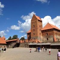 Снимок сделан в Тракайский замок пользователем Bruno B. 7/13/2012