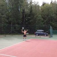 Photo taken at Kaupin Tenniskentät by Ville N. on 7/20/2012