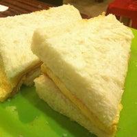 Photo taken at Monga Sweet Cafe 糖樓 by Kane S. on 8/5/2012