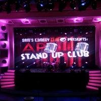 Foto tirada no(a) Apollo Live Club por Mercy M. em 11/17/2011