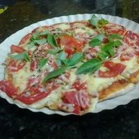 Photo taken at Pizzas Finicrok by Reinaldo A. on 8/30/2012