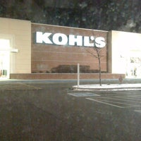 Photo taken at Kohl's Robinson Township by T dawg on 12/24/2010